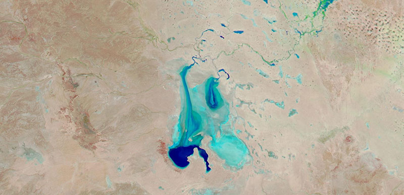 Kati Thanda/Lake Eyre filled with water on 2 June 2019 (Suomi-NPP/VIIRS)