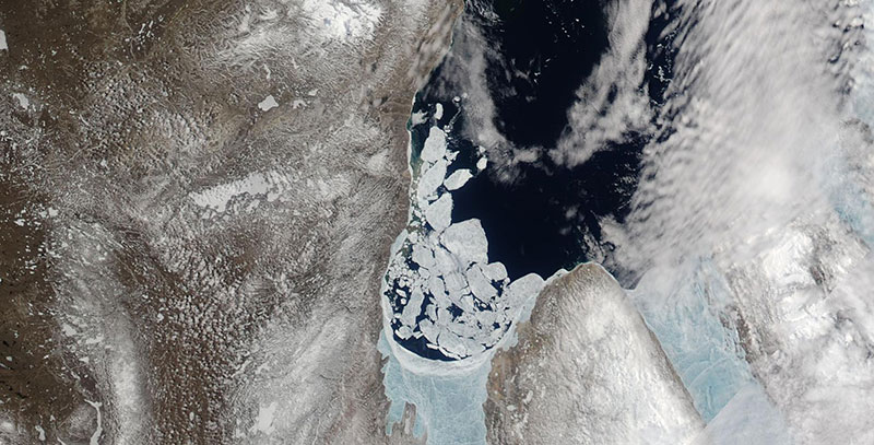 Ice breakup in the Amundsen Gulf on 16 June 2019 (Aqua/MODIS)