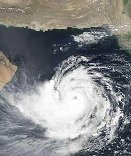Tropical Cyclone Hikaa approaching Oman