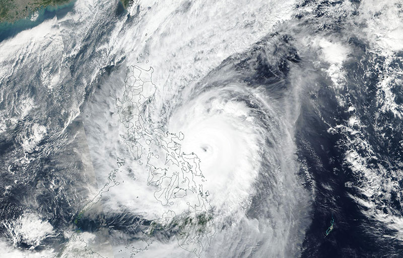 Typhoon Kammuri approaching the Philippines on 2 December 2019 (Suomi-NPP/VIIRS)