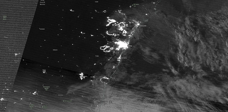 Fires near Sydney, Australia on 6 December 2019 (Suomi-NPP/VIIRS)