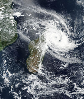 Tropical Cyclone Herold passes over the northern tip of Madagascar on 15 March 2020 (VIIRS/Suomi NPP) - Feature Grid