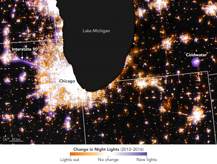 map shows where the intensity of light decreased (orange), increased (purple), and stayed the same (white) between 2012 and 2016 in the Midwest.