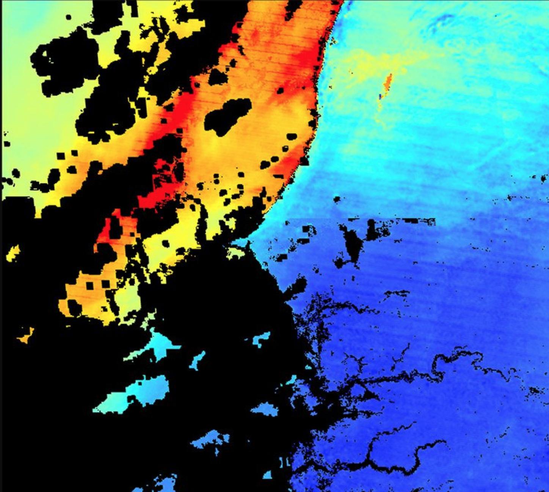 Screenshot of MCD19a2v006 data visualization.