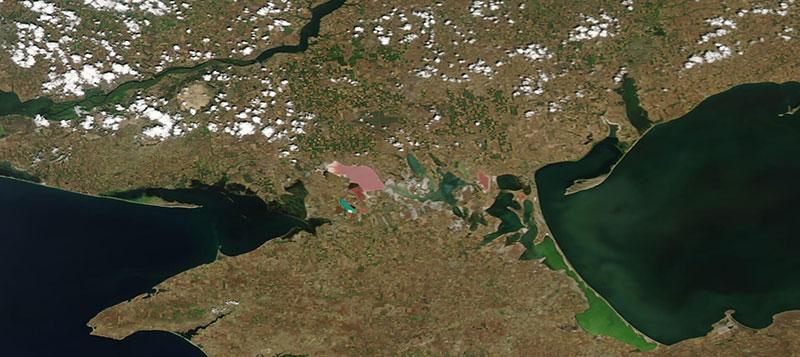 Sivash, Crimean Peninsula on 28 June 2020 (Aqua/MODIS)