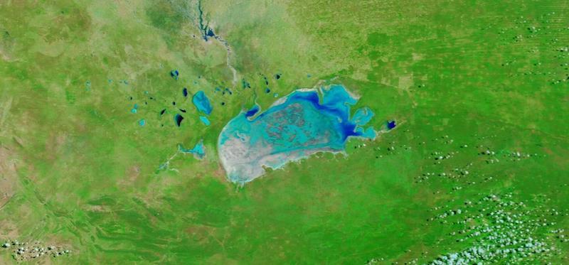 Etosha Pan, Namibia on 5 April 2021 (Terra/MODIS)