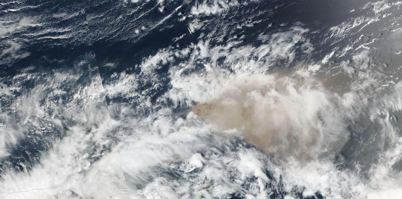La Soufriere Volcano on 10 April 2021 (Suomi NPP/VIIRS)