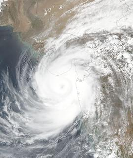 Tropical Cyclone Tauktae on 17 May 2021 (Suomi NPP/VIIRS) - Feature Grid
