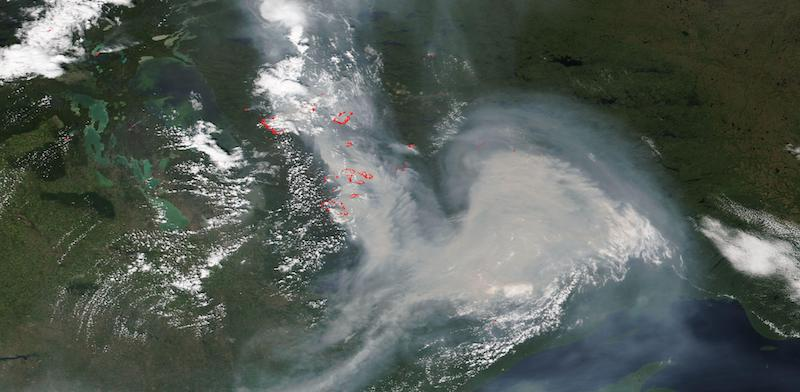 Fires in Manitoba and Ontario, Canada on 11 July 2021 (NOAA-20/VIIRS)