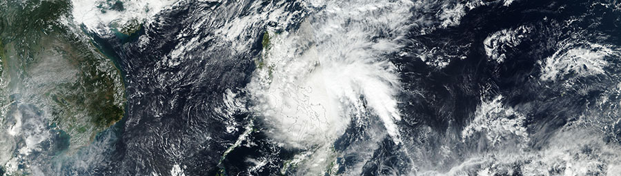 Typhoon Melor over the Philippines - feature grid