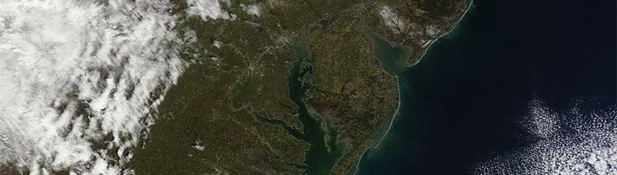 Chesapeake Bay 10 Apr 2016 Terra feature grid