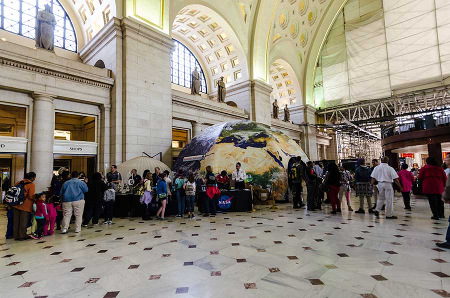2015 Earth - Day Union - Station Article