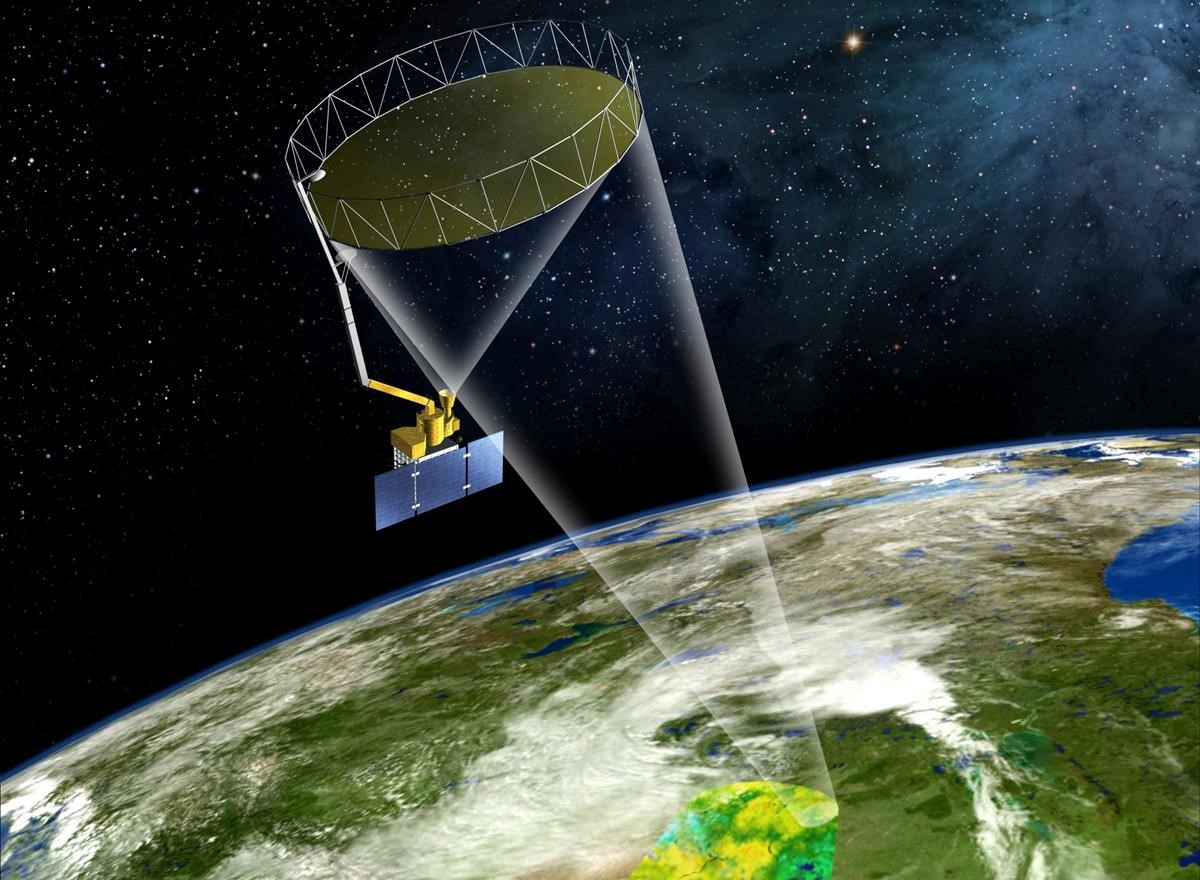 SMAP's rotating golden antenna functions like a satellite dish to focus radio waves from Earth's surface into a collector on the spacecraft. Image: NASA JPL/Caltech