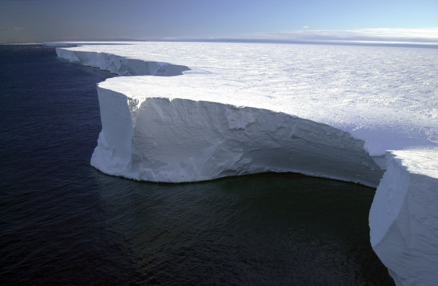 Aerial photograph of Iceberg B-15A off the coast of Antarctica.