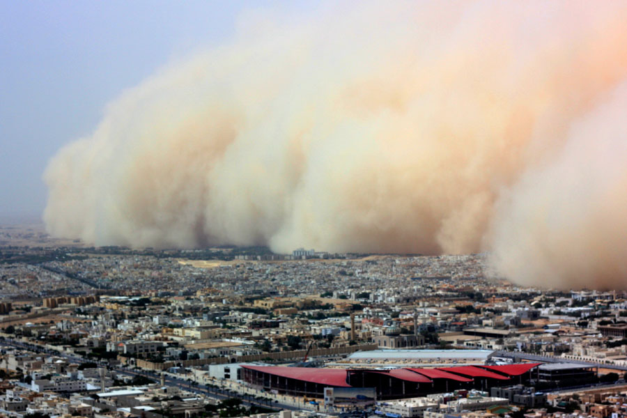 Photograph of a sandstorm in Riyadh, Saudi Arabia