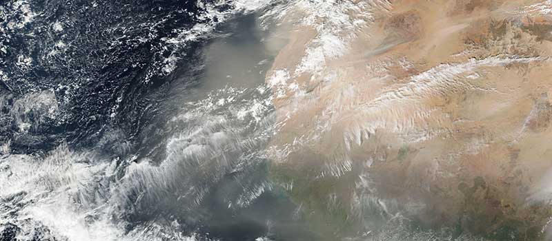 Dust storm off west africa 25 Dec 2016 SNPP lg