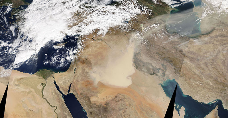 Dust Storms in Iraq and Saudi Arabia on 29 October 2017 (MODIS/Terra)
