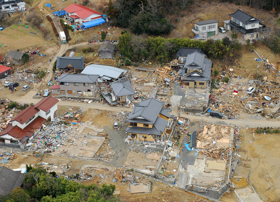 Photograph of earthquake damage in Oshima-Mura, Japan