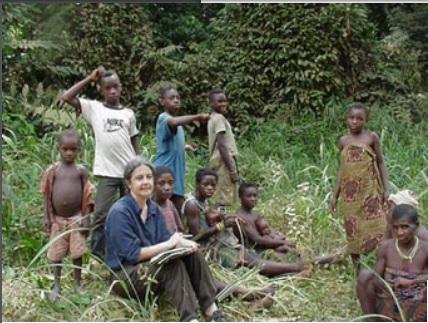 Mbaka Pygmy women