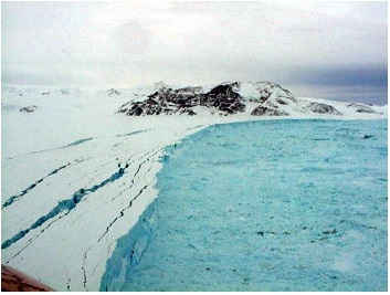 Larsen B Ice Shelf cracks