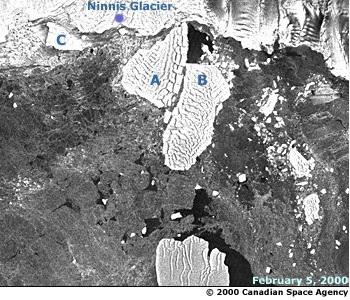 Ninnis Glacier split
