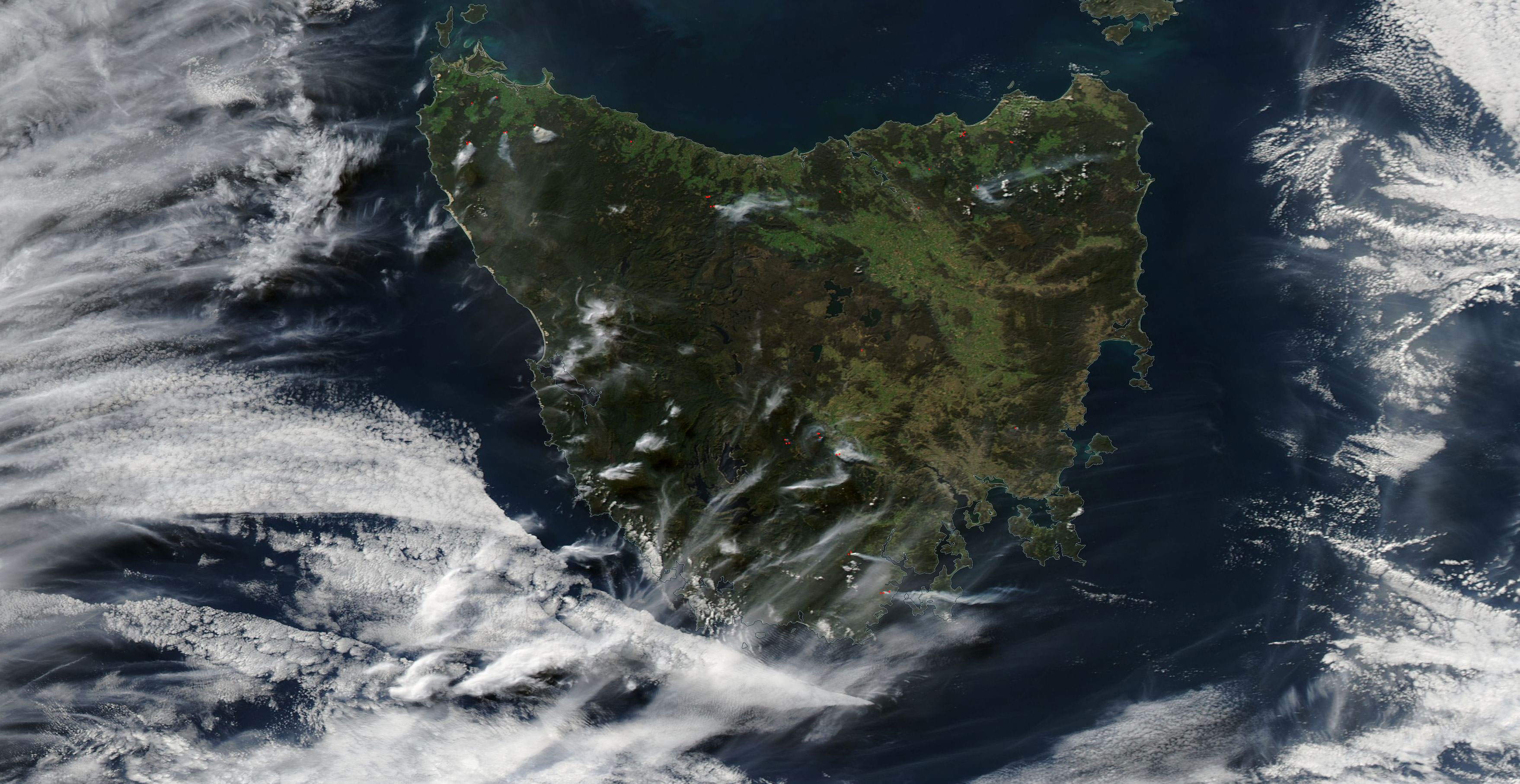 Fires in Tasmania on 23 April 2018 (MODIS/Aqua)